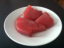 quick-and-easy-dinner-recipes-pan-seared-sesame-crusted-tuna-1